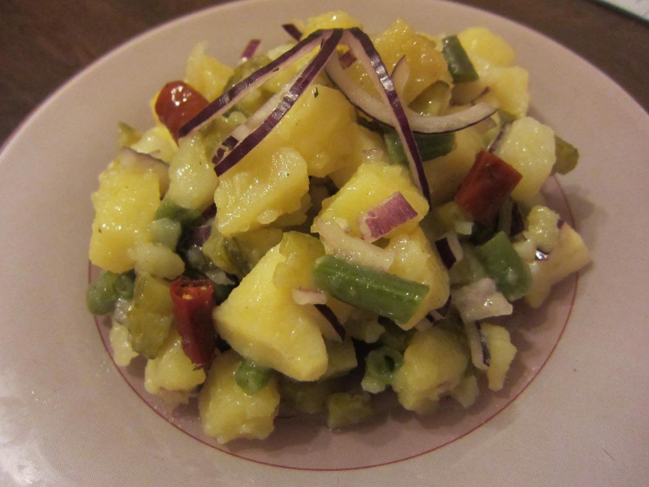 Салат картошка и фасолью